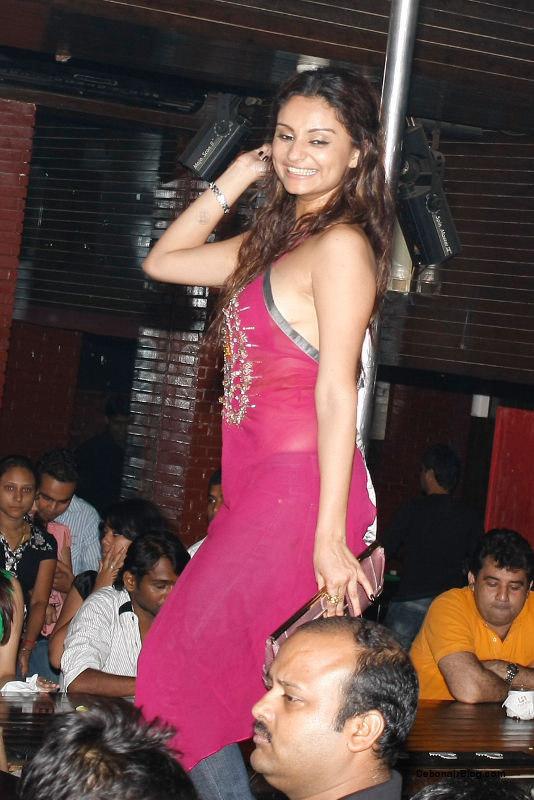 Dimpy Mahajan Bigg Boss 8 Contestant hot unseen photos