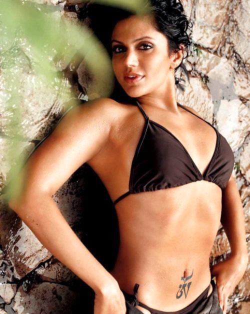 Naked Photo Of Mandira Bedi