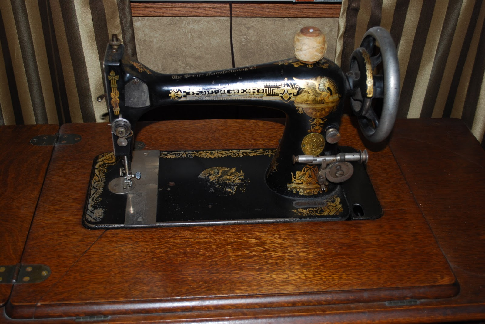 Image Result For How To Thread A Old Singer Sewing Machine With Pictures