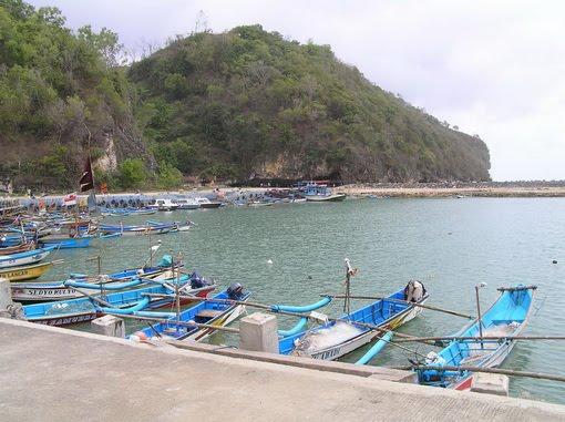 Pantai+Sadeng Peta Wisata (Pantai) di Gunungkidul, Yogyakarta