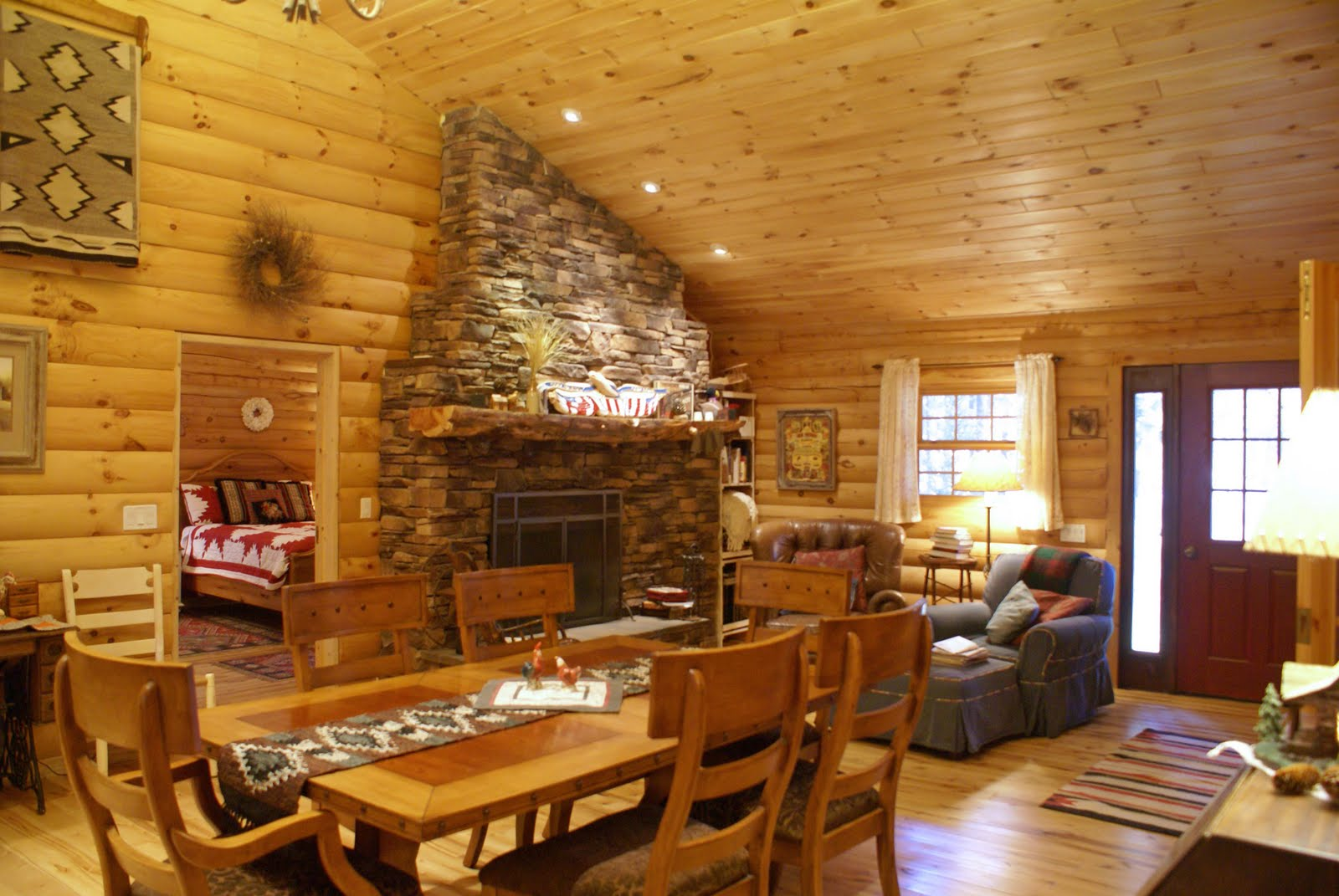 "log home thoughts: Round Log Walls Or Flat ""D"" Log Walls"