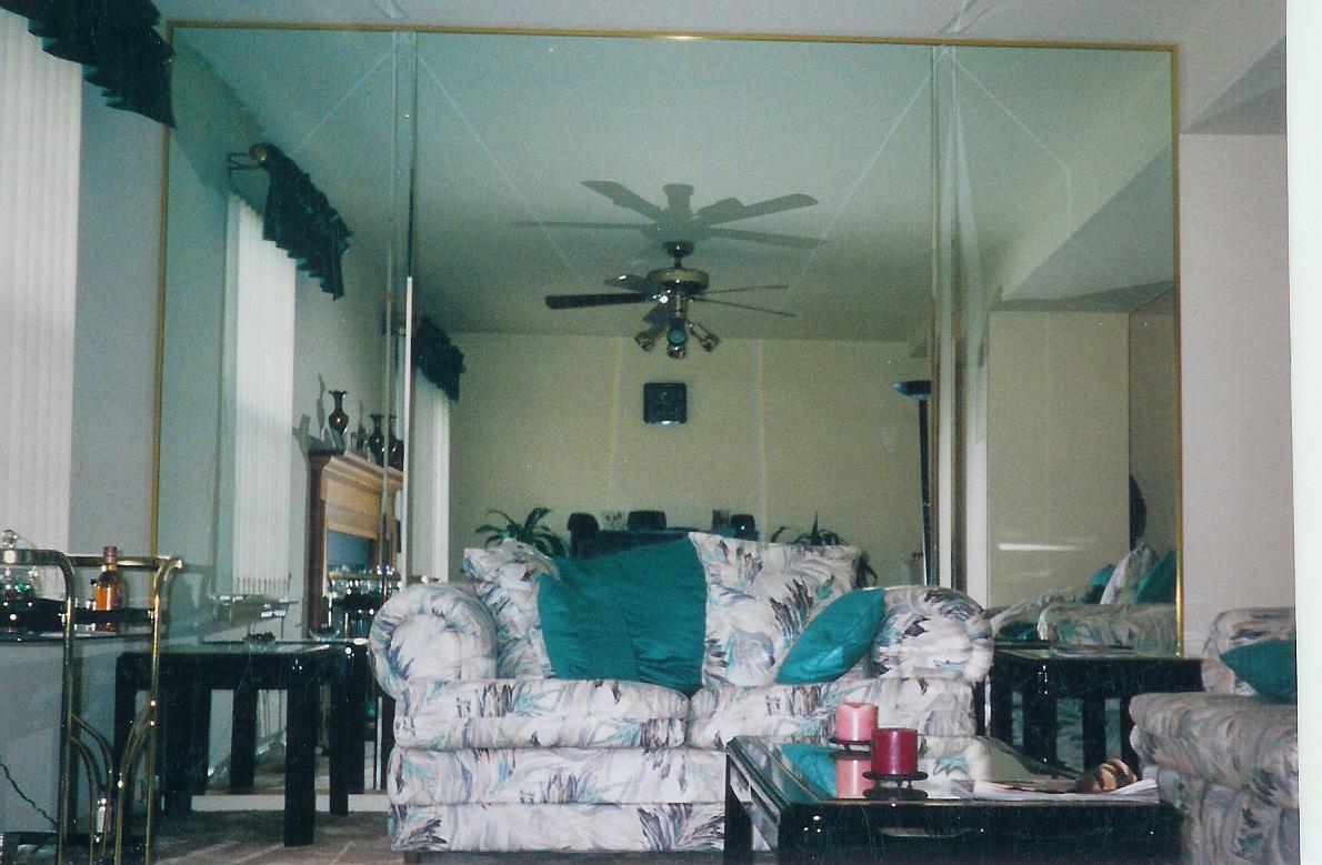 Decorative Accessories For The Home Jpm Design Mirrored Walls