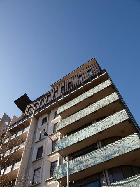 The Postmodern Melbourne Terrace Apartments At Franklin St Designed By Greek Architect Nonda Katsalidis