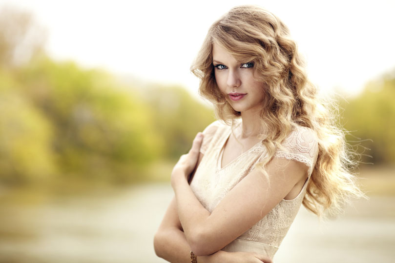 Taylor Swift Love: People magazine photoshoot