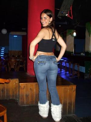 Nena sexy de colombia muestra su blanco cuerpo desnudo - 1 part 7
