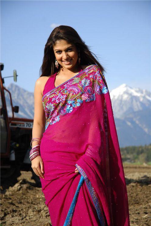 Tamil igralka Nayanthara Foto V Saree Four Mallu-1438