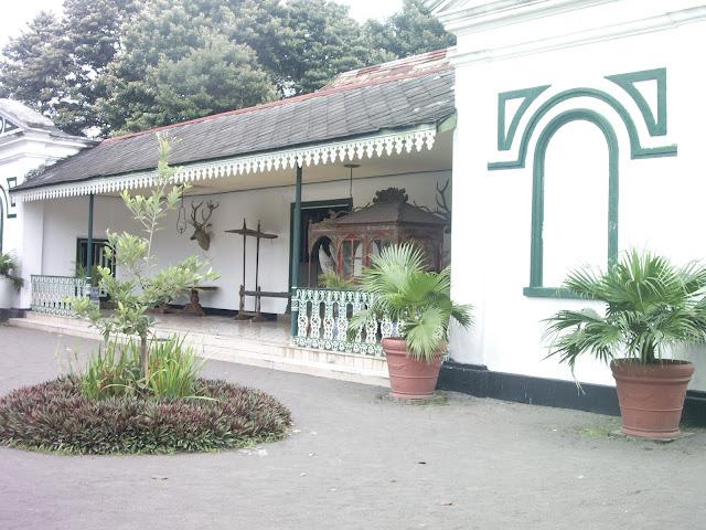 Main ke Keraton Yogyakarta