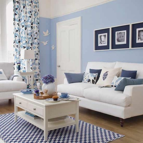 Blue Living Room: BLUE AND WHITE: Liven It Up With Blue And White Living Spaces