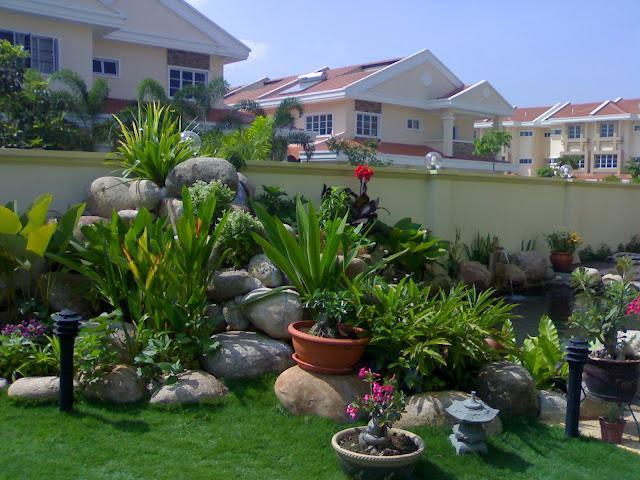 Lanskap Taman Di Laman Rumah
