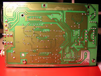 the speakers are controlled by a tda7433 audio processor that speaks i2c  with the controls on the satellite  this is a pinout of the connection to  the