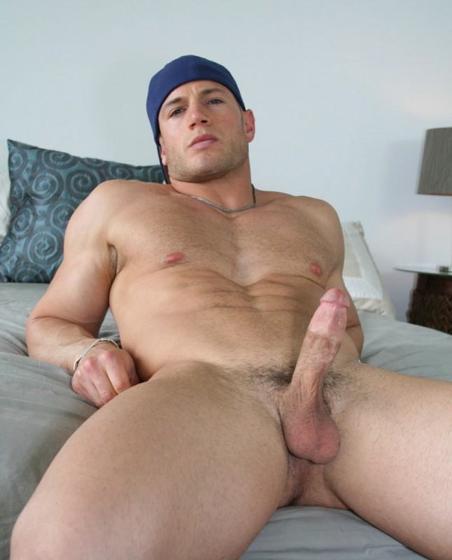 hung blonde muscle