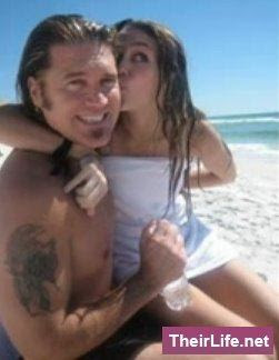 Miley cyrus and dad fucking can not