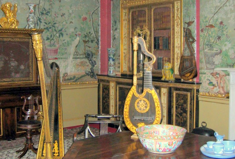 Number One London: The Tale of Lady Hertford, Prinny, Audubon and Chinese Wallpaper