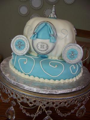 Plumeria Cake Studio: Cinderella's Carriage Cake