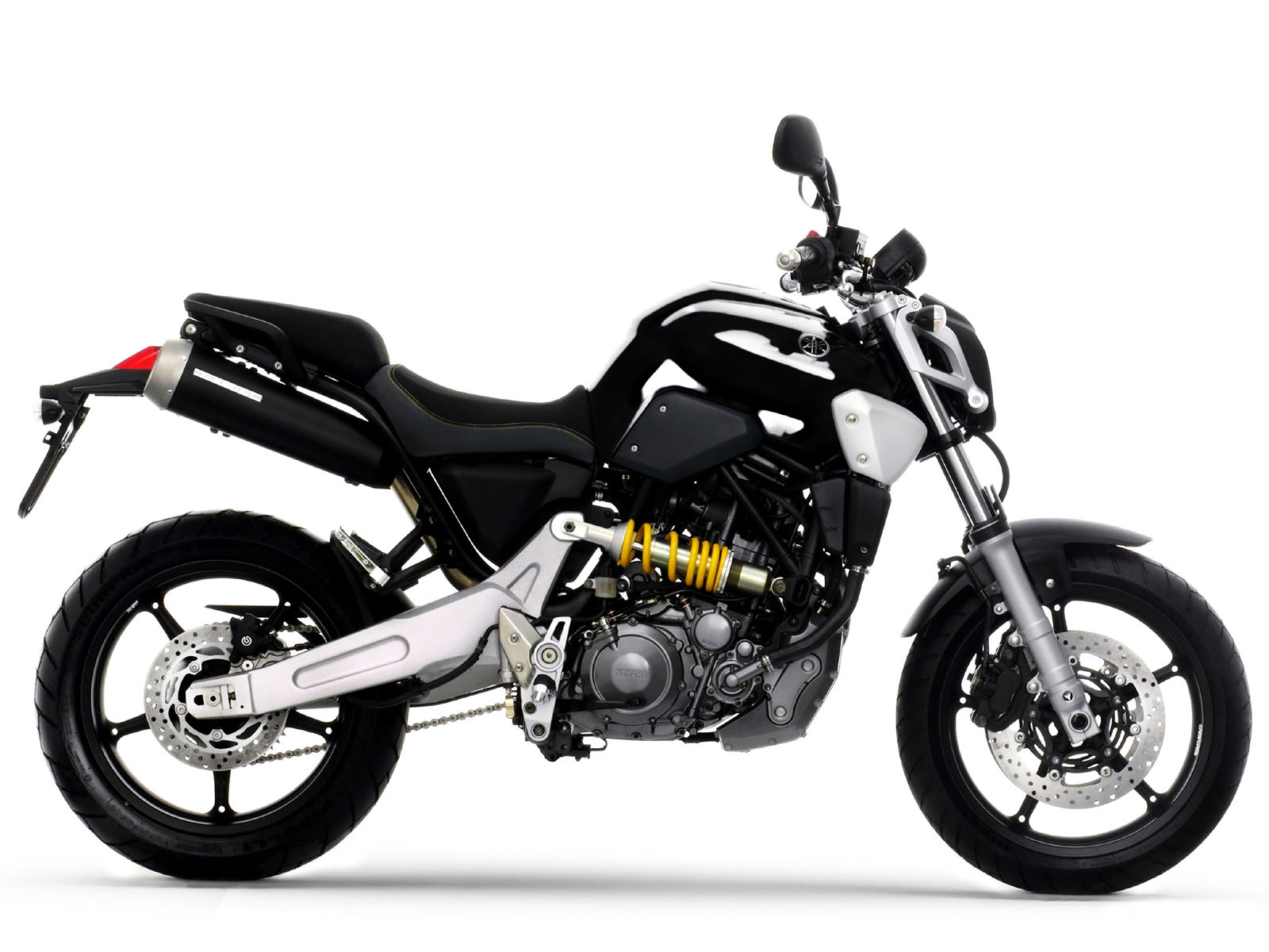 Yamaha MT-03 Price, Specs, Mileage, Top Speed, Images & Review