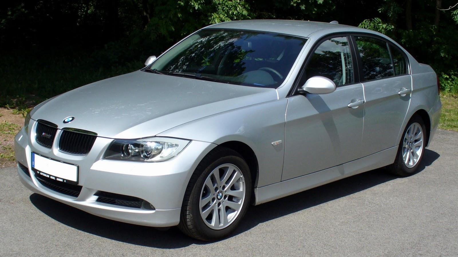 BMW Widescreen Wallpaper: BMW 3 Series Silver Wallpaper 2