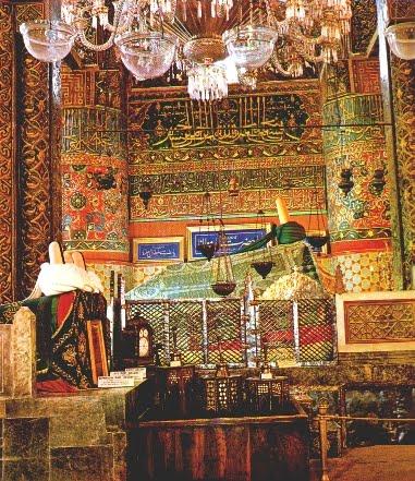 Risultati immagini per Rumi la tomba
