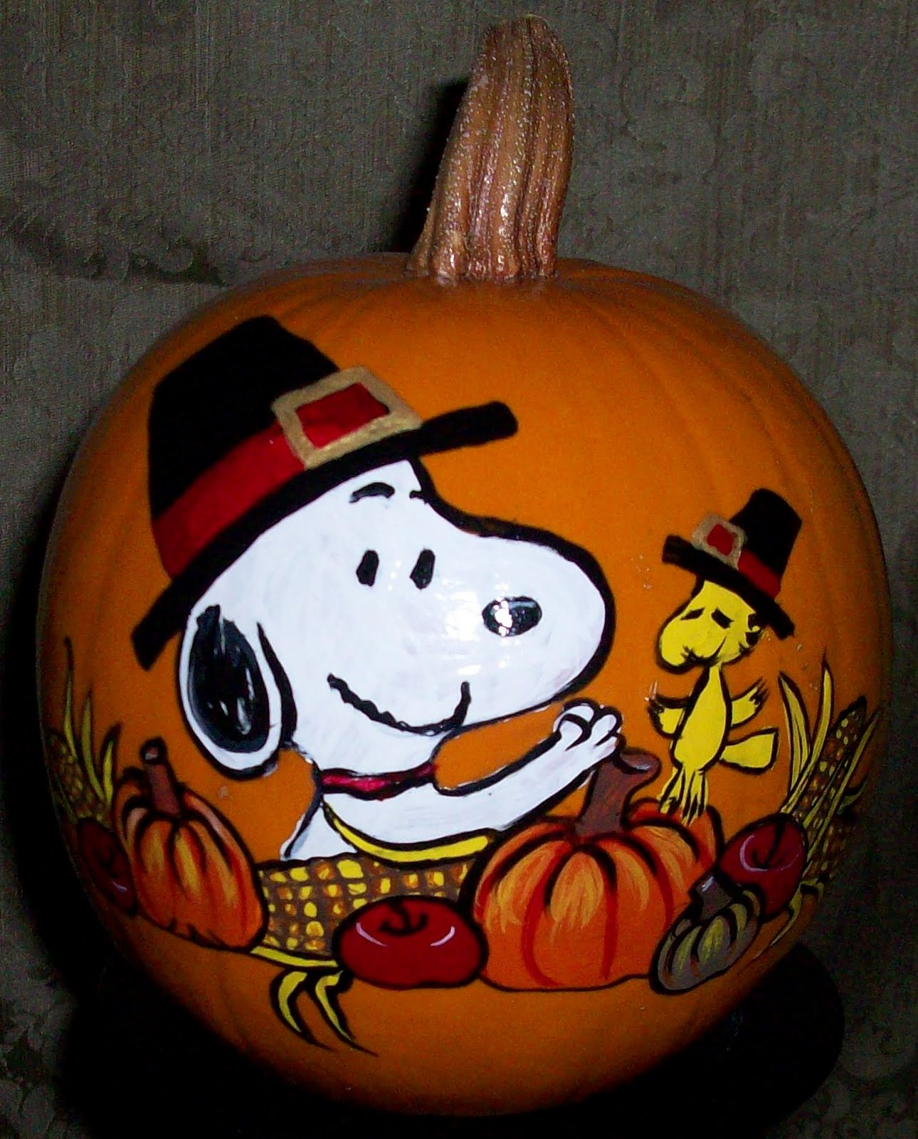 Monica's Painted Pumpkins: Snoopy Thanksgiving