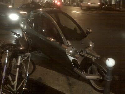 Motorcycle contraption in Paris