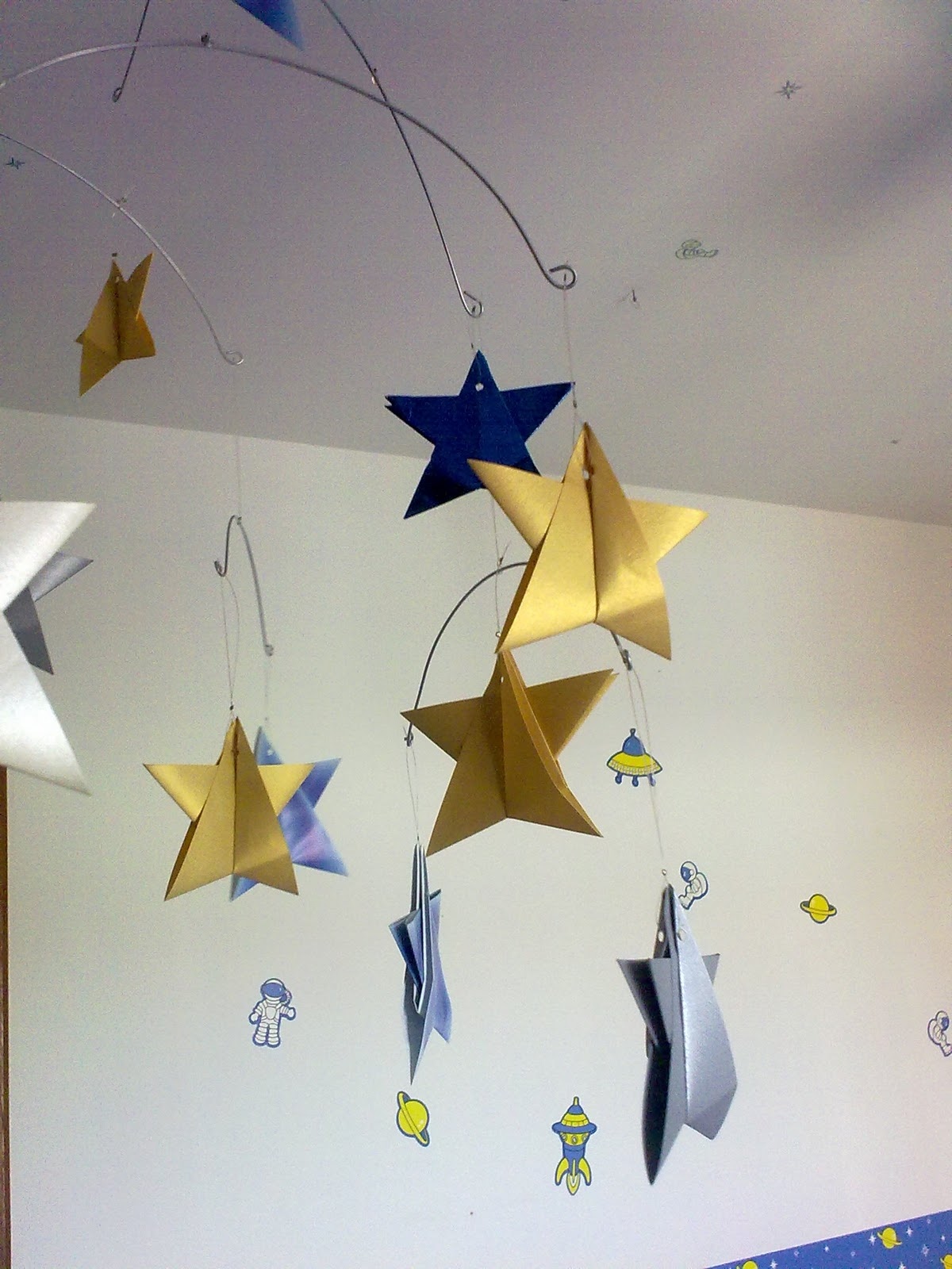maria dobradura origami de m bile espacial. Black Bedroom Furniture Sets. Home Design Ideas