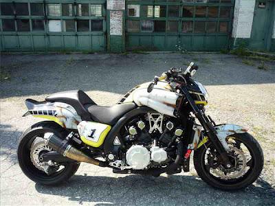 New Motorcycle Limited Edition: Yamaha VMAX Racing History