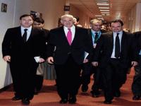 Το χρονικό της υποταγής: Ποιοι, πώς και γιατί κάλεσαν το ΔΝΤ