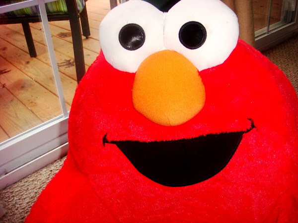 """Elmo Says"" Spin Chair"