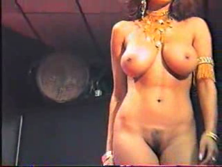 Nude arab dance
