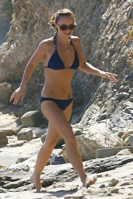 mienfoks christina ricci bikini candids