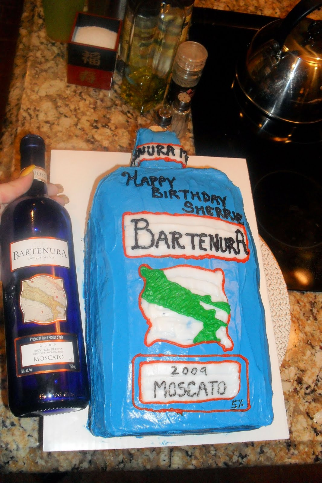 This Kake Was Supposed To Replicate Particular Bottle Of Moscato Wine It Is A 4 Layer Yellow With Cream Cheese Frosting The Edges On Top
