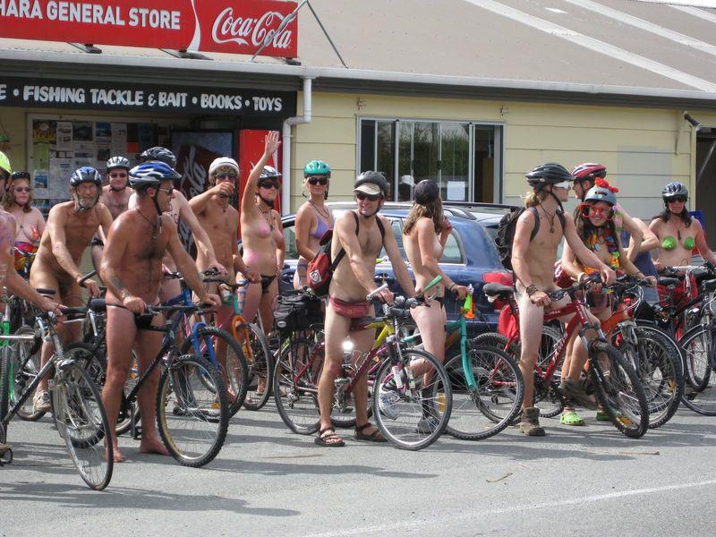 naked bike ride golden bay jpg 1080x810