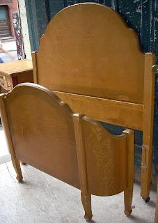Uhuru Furniture Amp Collectibles Cute 1930 S Bird S Eye
