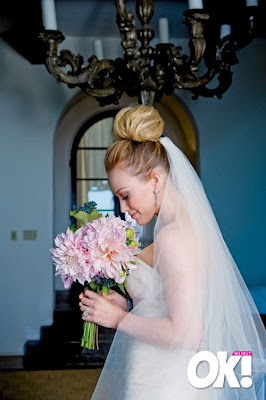 Duff S Wedding To Hockey Player Mike Comrie I Love Her Updo M Not Sure If It Would Look Good On Me But Looks Great Hilary