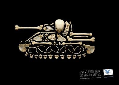 anuncio, 43 segundos, tanque, guerra, esqueleto