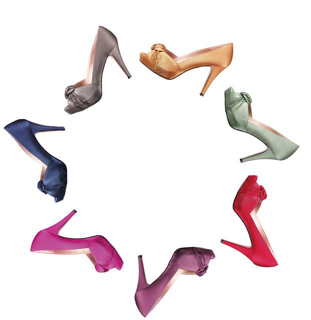 Gloria Ortiz presenta su novedoso servicio de zapatos y bolsos por encargo.