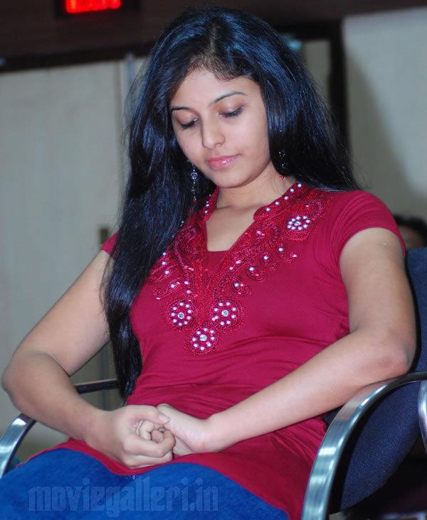 Tamil Actress Hot Wallpaper: Anjali