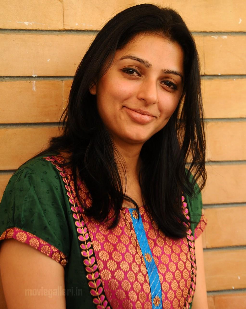 sexy bhumika chawla