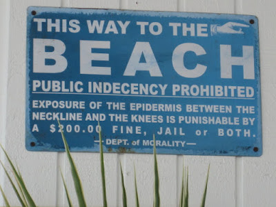 Beach Rules sign