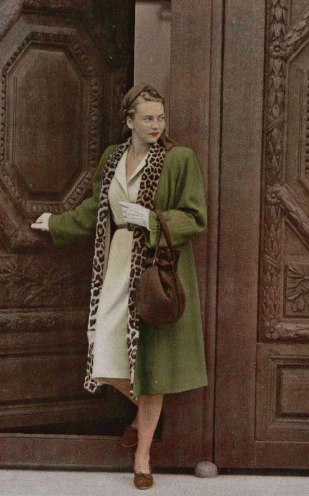 1940's Fashion - Young Woman's Wardrobe Plan
