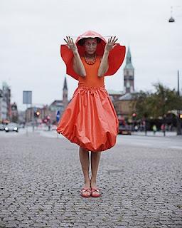 Cycle Chic®: Emma Jorn - Urban Rainwear