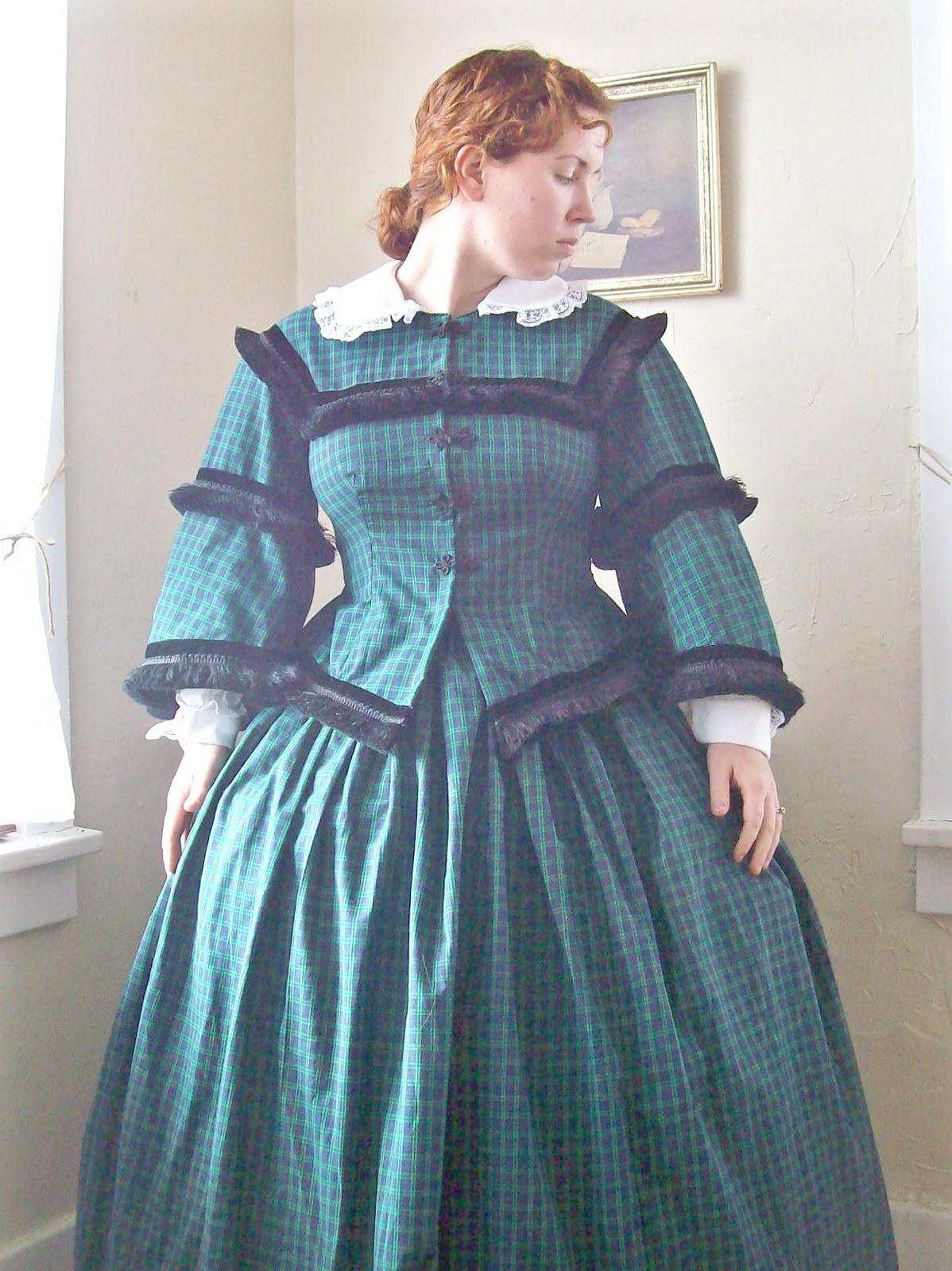 Romantic History: Plaid 1850's Dress, Simplicity 3727