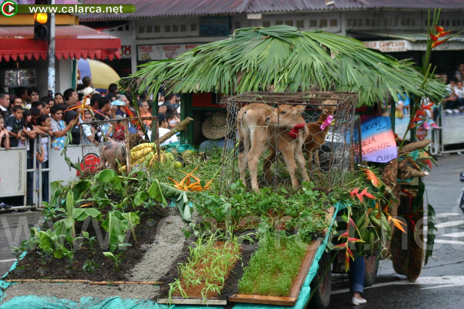 Desfile de la finca entera en el Yipao