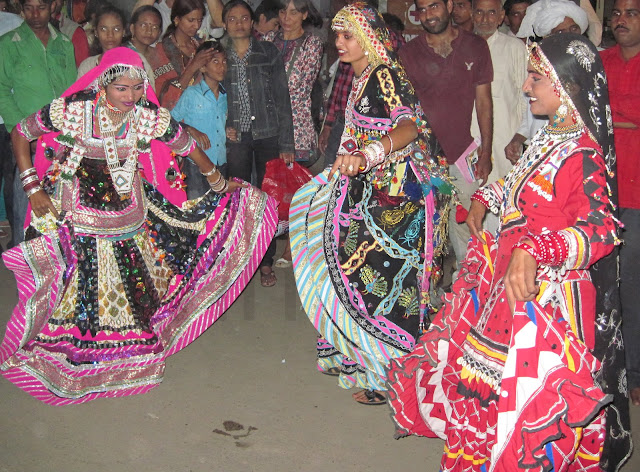 rajasthan women dancing