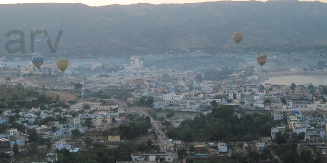 hot air balloon Pushkar