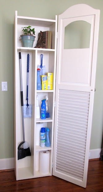 DIY Cleaning Supplies Storage