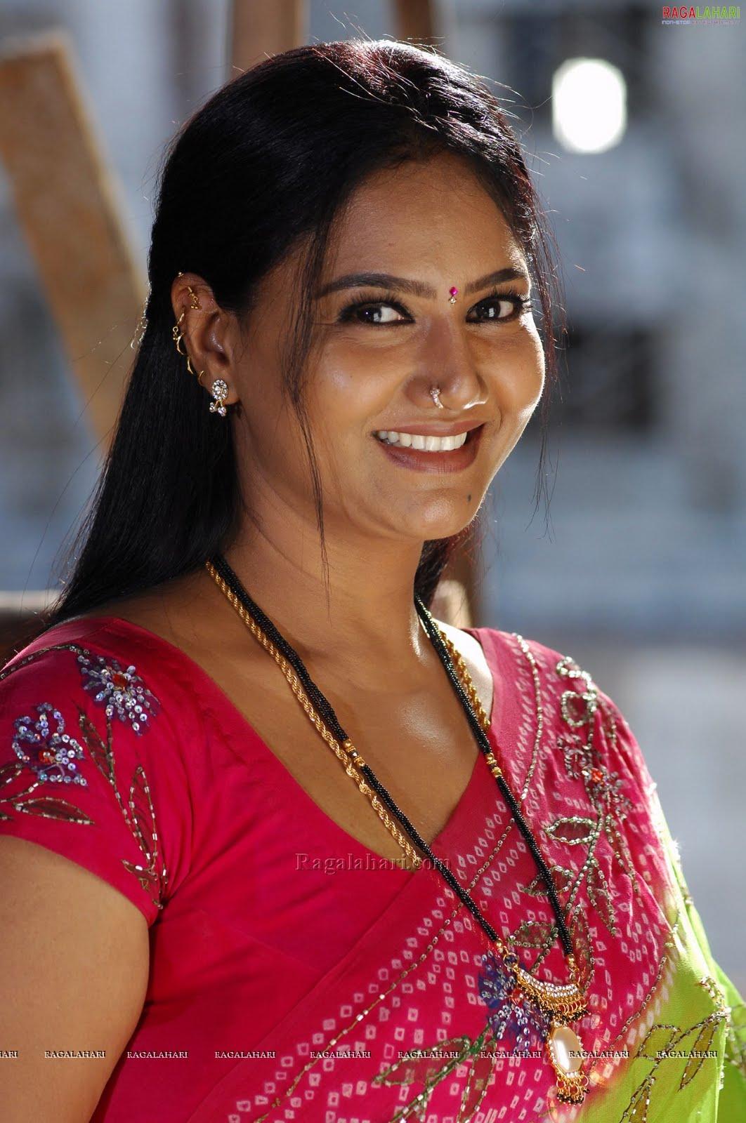 raksha aunty mallu saree aunties tollywood actresses fuck masala a4 adult
