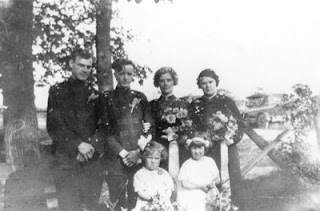 wedding party for the wedding of Victor Brooks and Lily Iles on August 26 1926 at Owen Sound Ontario