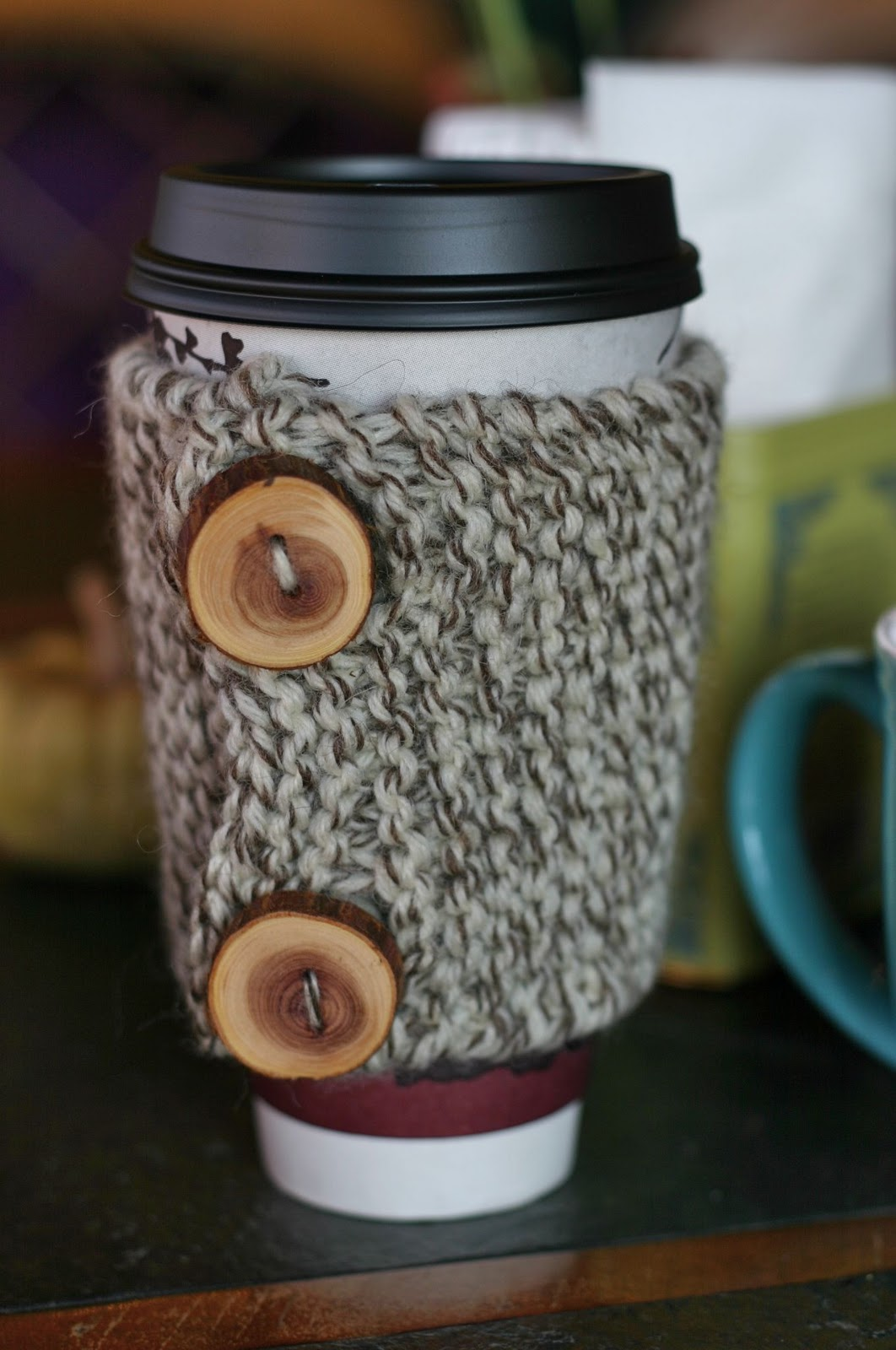 How to Knit a Coffee Cozy: Free Knitting + Crochet Pattern ...
