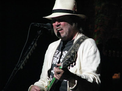 Neil Young News: Photo Gallery: Neil Young in Portland, Oregon, July