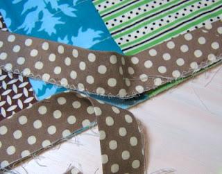 Red Pepper Quilts: Binding Tutorial : binding a quilt for beginners - Adamdwight.com